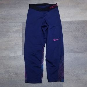 Nike Womens Capri Leggings Small